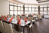 Restaurant in Hotel Rubin - business hotel in Buda