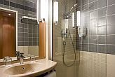Ibis Heroes Square 3* Hotel bathroom in Budapest